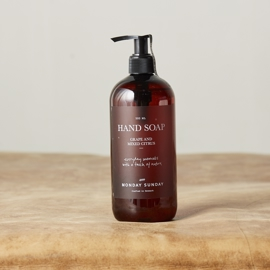Monday Sunday - Moments Hand Soap - 500 ml i parfumerihamoghende.dk